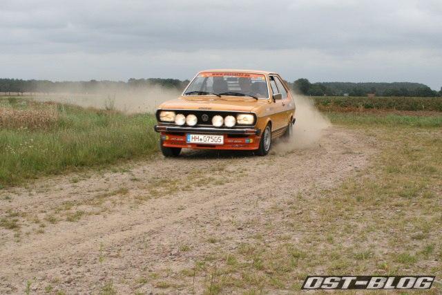 Passat 32 1976 rallye schotterpiste kurve 1