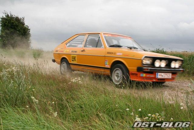 Passat 32 1976 rallye schotterpiste kurve 2