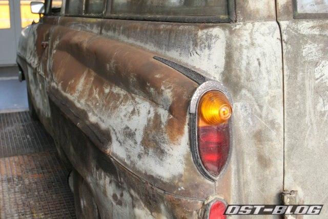 Opel Olympia oldtimer-tankstelle