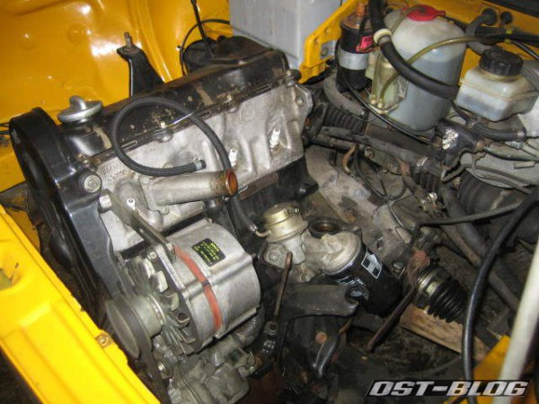Passat 1976 Motor links