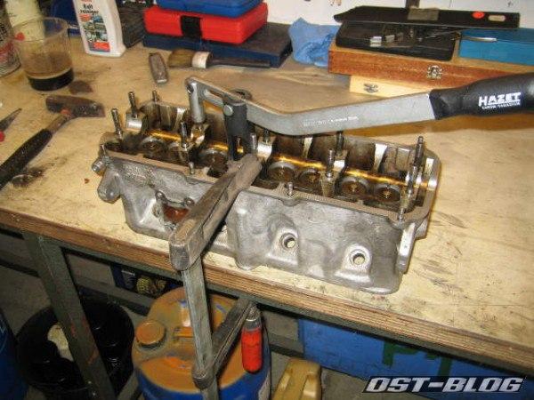 Zylinderkopf ventildemontage Passat 32 1976