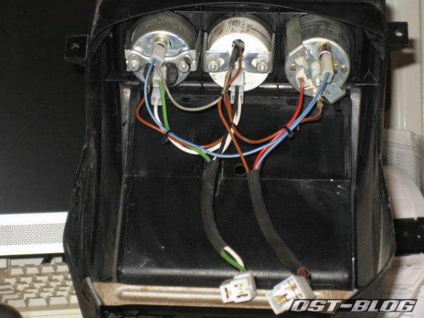 Passat 32 1976 Mittelkonsole Zusatzinstrumente