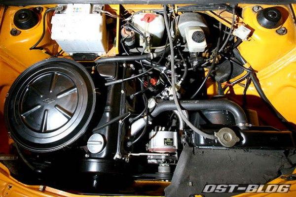 Passat 32 1976 Motorraum