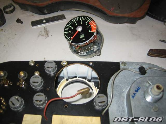 Passat 32 1976 Montage Drehzahlmesser