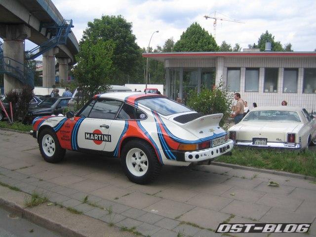 Oldtimer-Tankstelle Porsche 911 Rallye