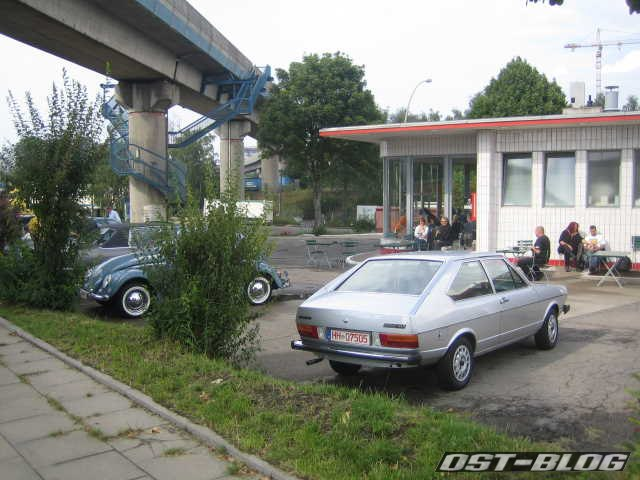 VW Passat Typ32 Oldtimer-Tankstelle