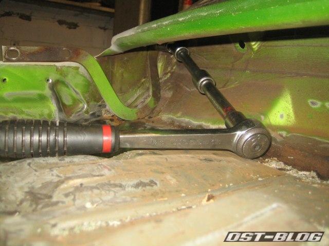 Passat TS Motorhaubenscharnier rechts