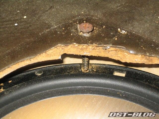 Passat TS Lautsprecherbefestigung