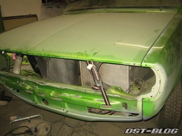 Passat TS Motorhaube Spanngurt