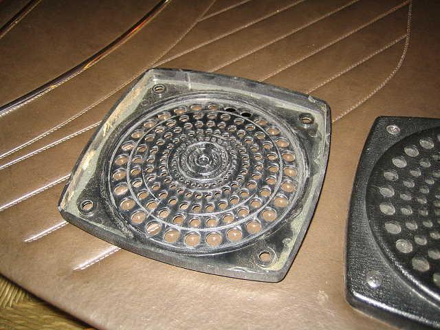 Passat TS Lautsprecherblende ohne Stoff