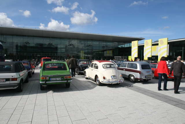 Retro Classics Parkplatz