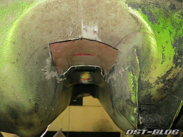 getriebetunnel-von-unten