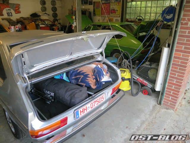 kofferraum-mit-zelt