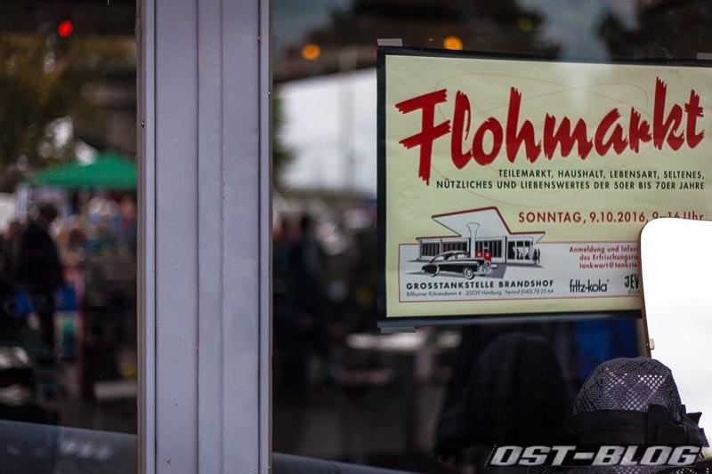 Flohmarkt-oldtimertankstelle