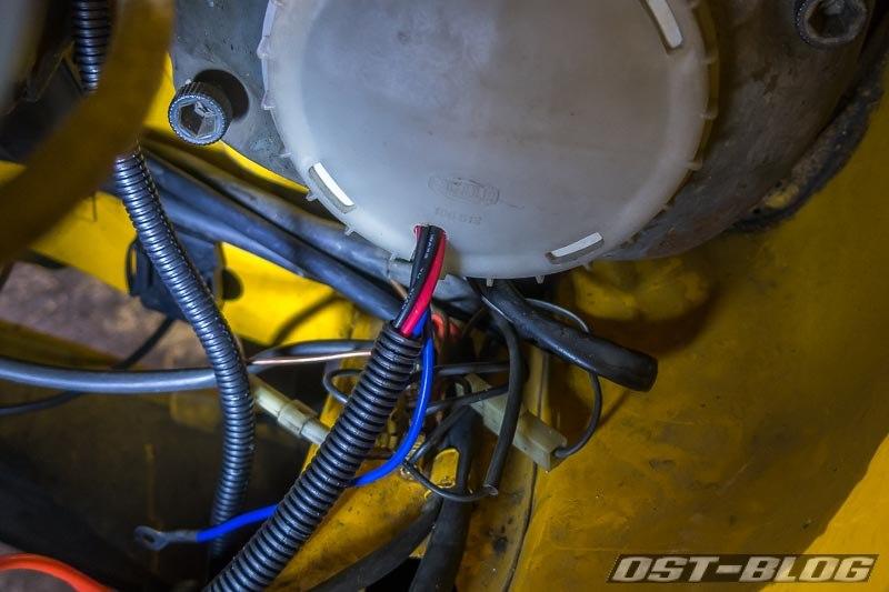 scheinwerfer-kabeleinführung