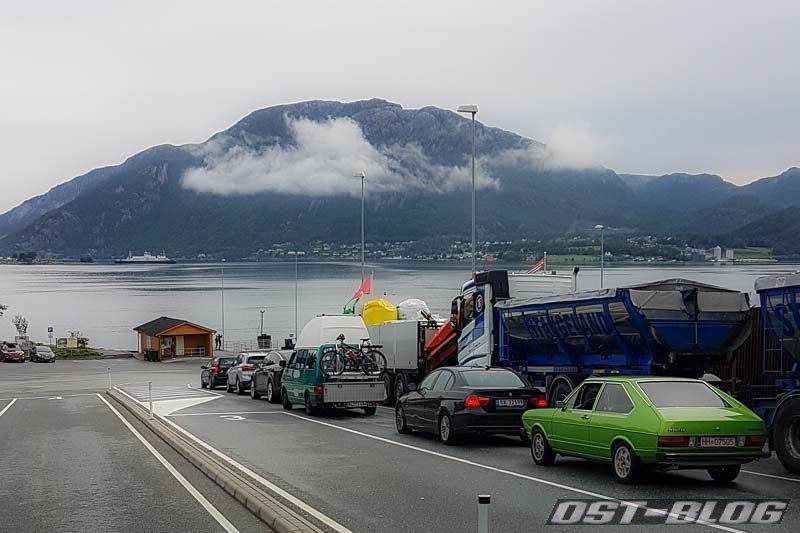 ferry-lauvik