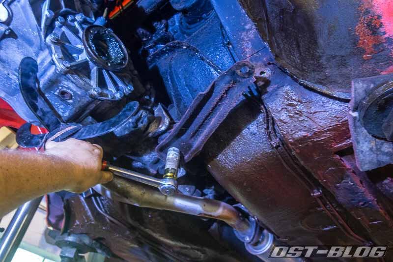 Halterung-getriebe-32b