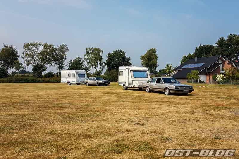 zwei-passat-zwei-wohnwagen